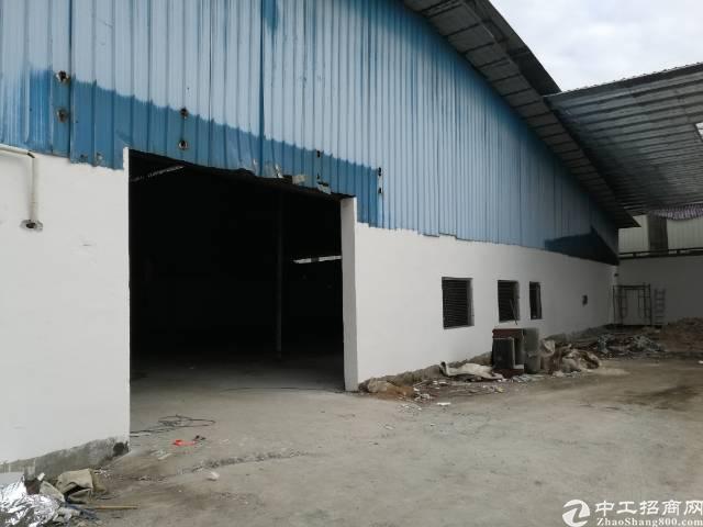 单一层独院厂房1600平米带办公