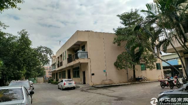 沙井西环路边沙三村两层1900平方独栋印刷厂房招租