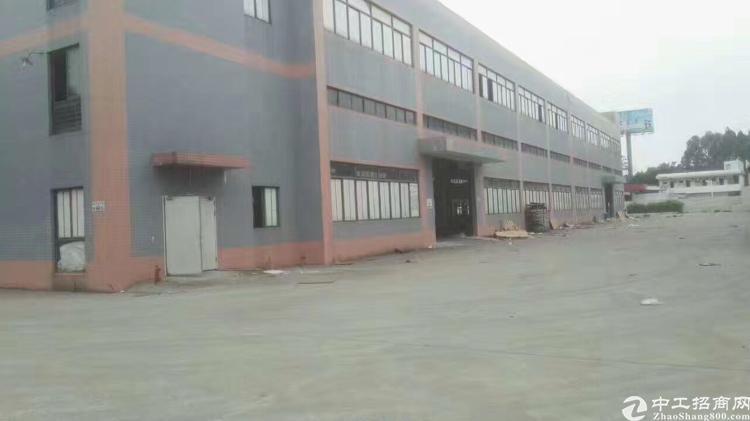 大岭山镇大塘村新出独门独院单一层钢构厂房11000平米招租