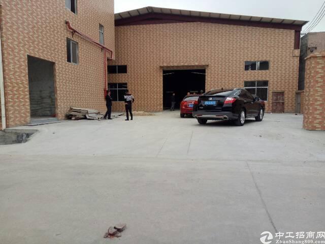 黄江高速出口两公里独院钢构厂房4300平米招租