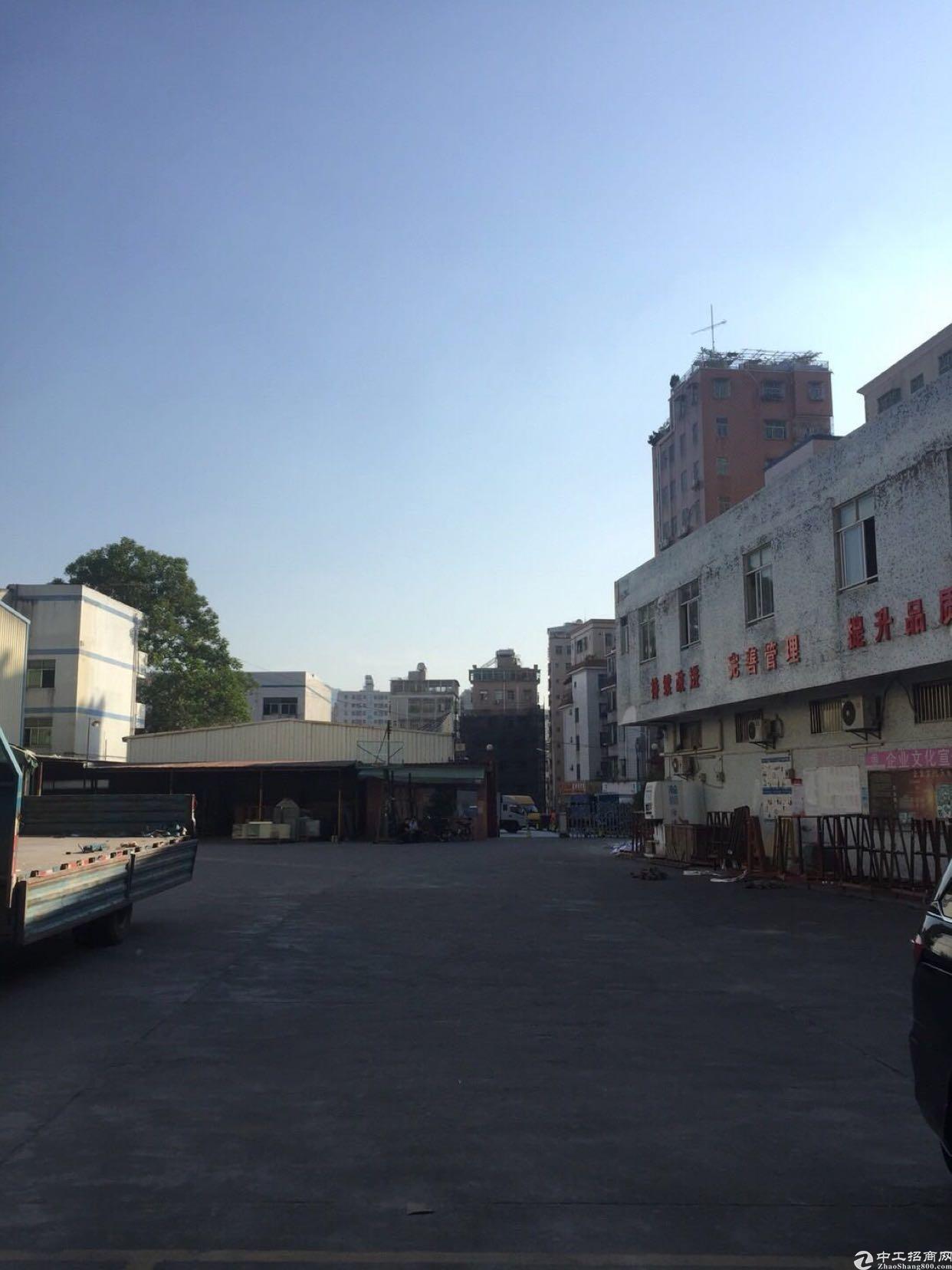 坂田五和地铁站附近100-300平方厂房低价出租