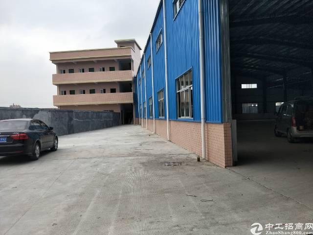 企石镇独门独院单一层滴水8米钢构厂房出租-图5