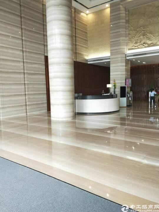 清湖地铁站精装修写字楼210平招租