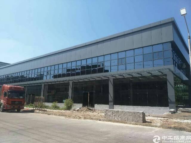 常平单层钢构厂房5500平米,办公就2500平米