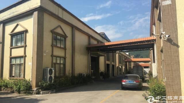 黄江靠高速出口附近新出独栋标准砖墙到顶钢构(大小可任意分租