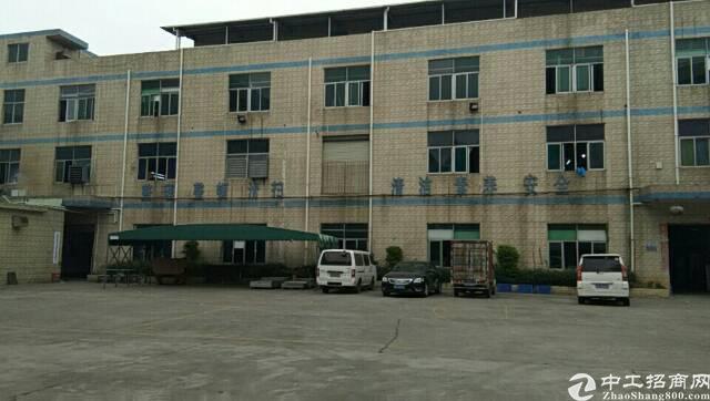 业主直租 平湖富民工业区楼上400平方标准厂房出租