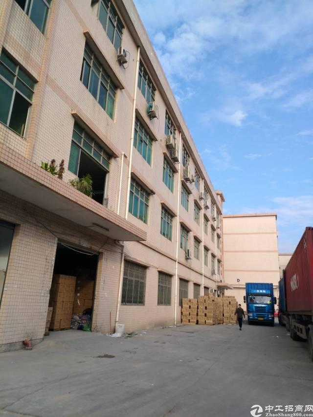平湖高速路口附近一楼二楼2600平方厂房出租-图4
