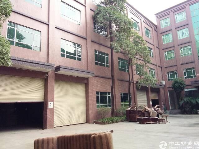 现成家具环评厂房8000平米有五吨大电梯