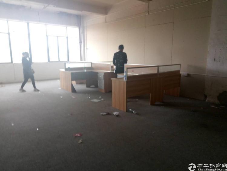长安乌沙大润发附近新出一楼厂房350平方招租