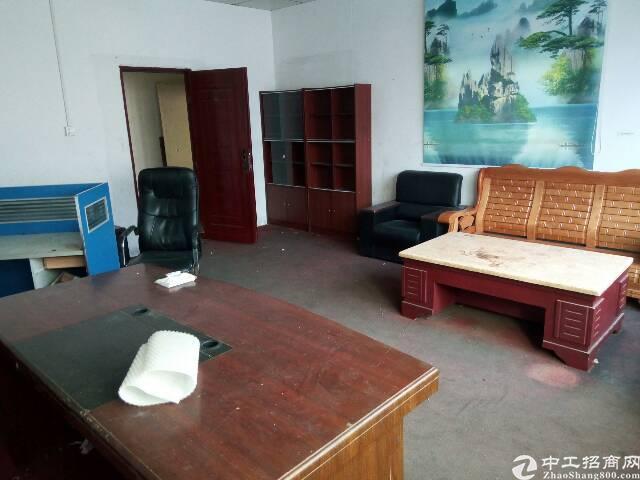 龙岗平湖新出一楼750平米带装修厂房对外出租