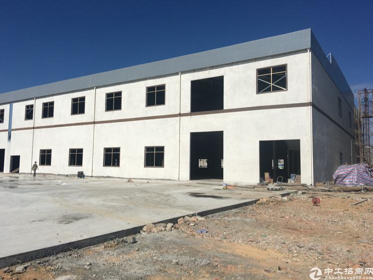 新出独院2层13800平米厂房出租分租