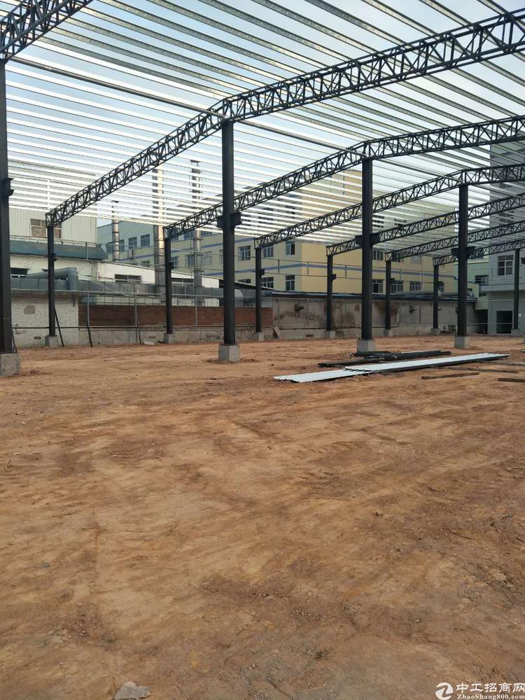 单一层独栋厂房招租2800平方滴水10米带牛角