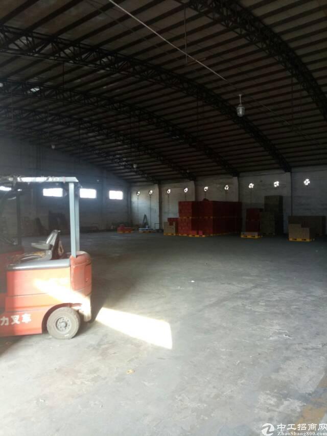 平湖清平高速辅城坳工业区一楼980平方米钢构厂房仓库租
