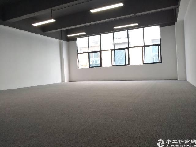【深圳宝安写字楼出租】光明新区公明地铁口精