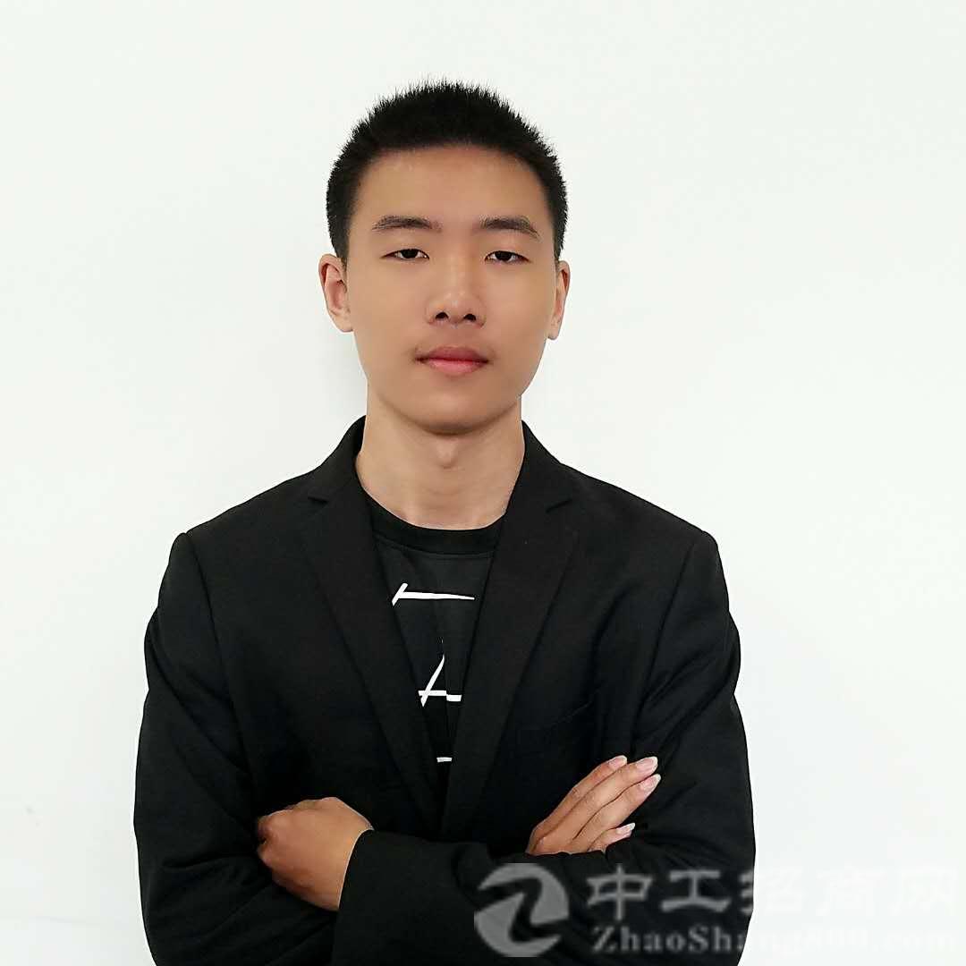 厂房经纪人陈鑫雨
