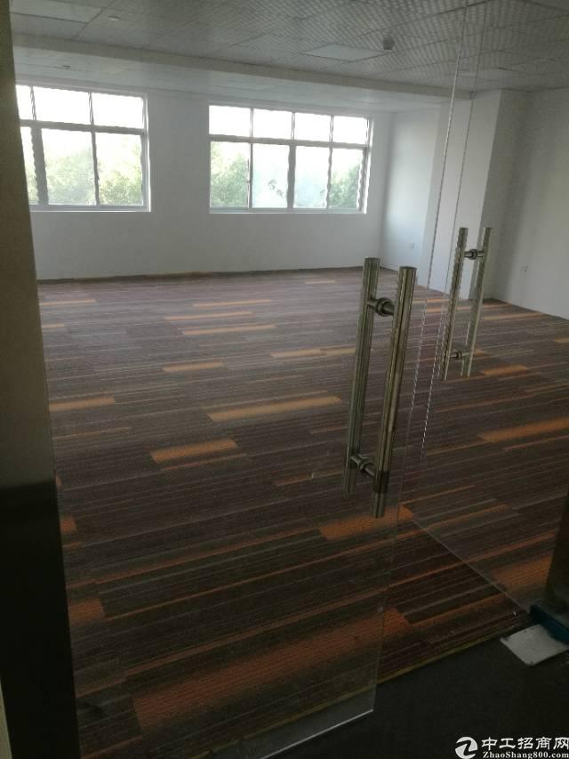 福永和平3楼写字楼出租600平方大小可分租