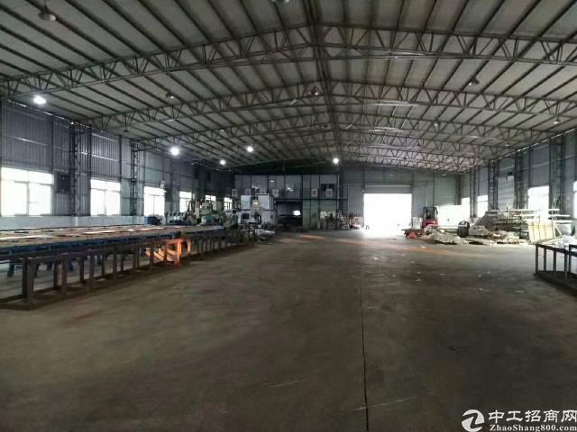 福永107边上钢构厂房3500平方