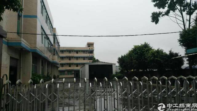 平湖富民工业区村委独院厂房6800平方米出租