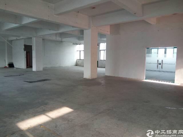 平湖富民工业区楼上3000平米厂房出租