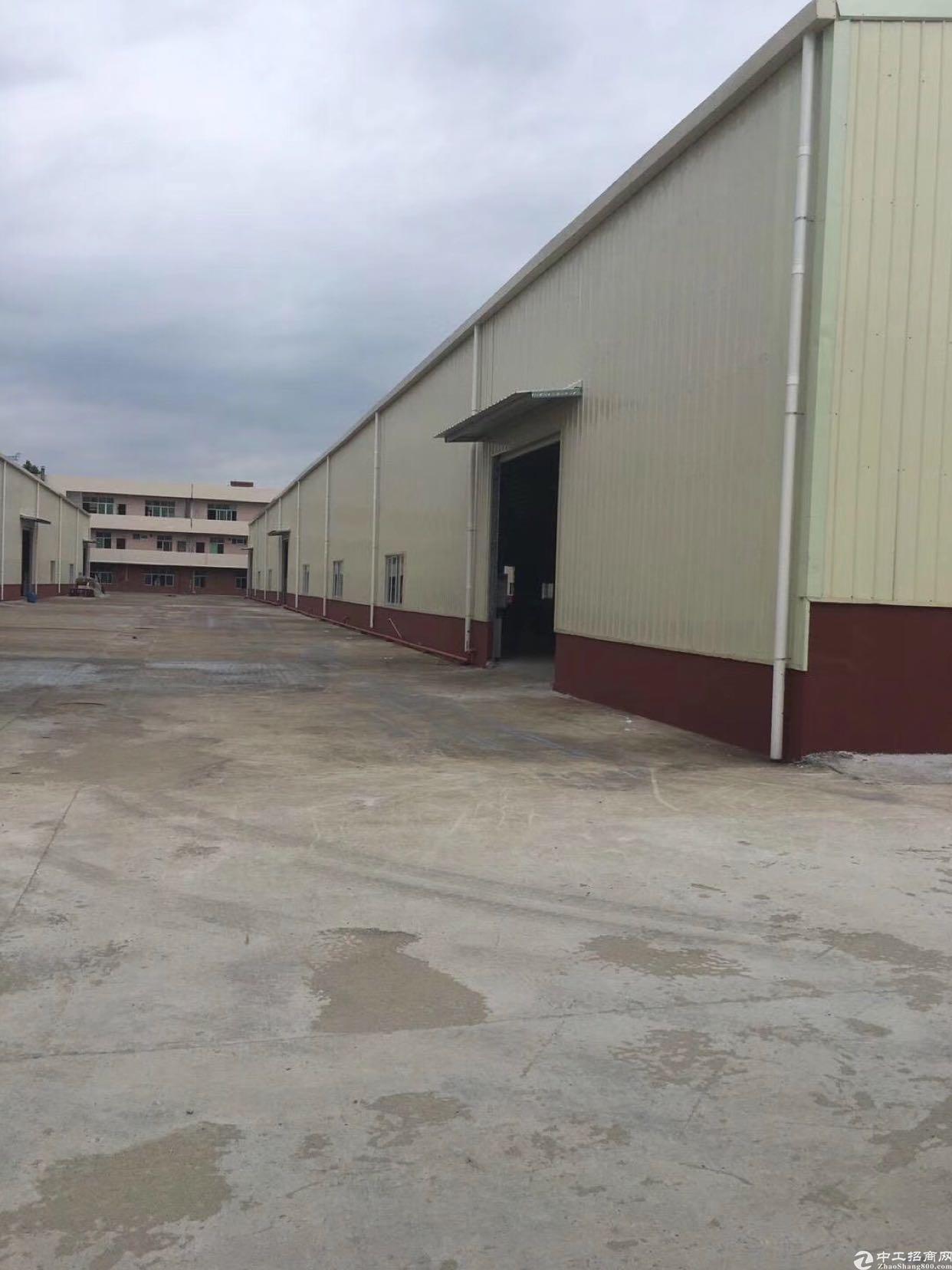 万江简沙洲6000平米单一层厂房出租。