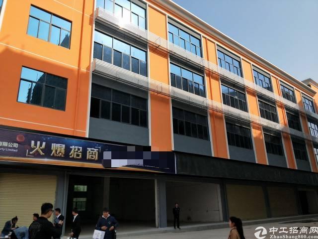 福永和平沿江高速出口楼上100至1000平精装修写字楼