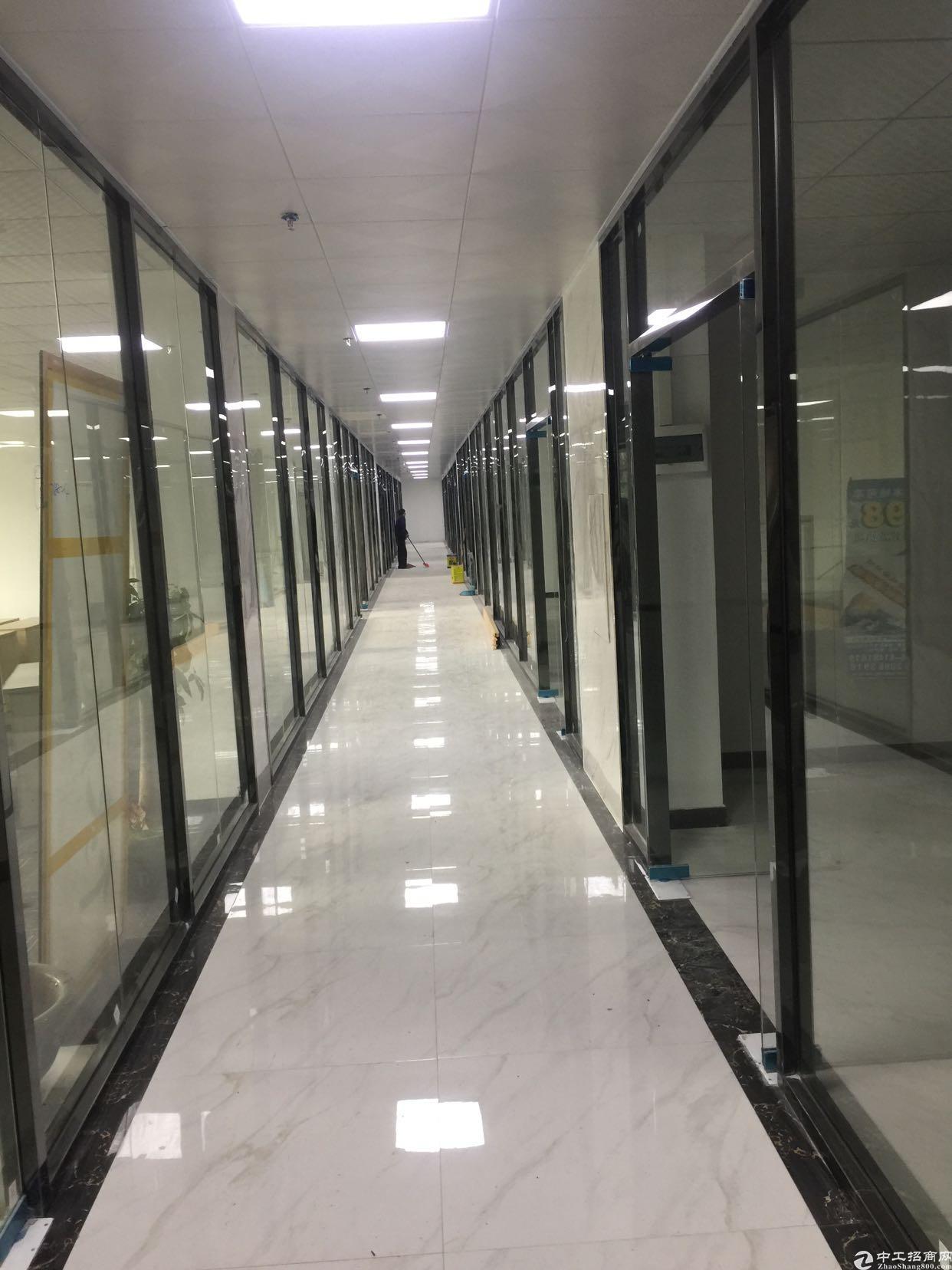 龙华地铁楼附近楼上电商产业园招租大小可分2000平