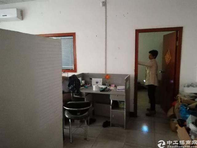 公明镇李松朗新出楼上480平方带精装修招租