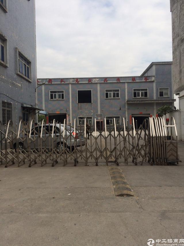 企石镇标准独院厂房出租三层5400平方