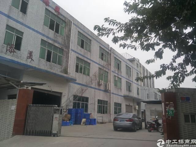 光明新区田寮独门独院三层3300平方厂房出租