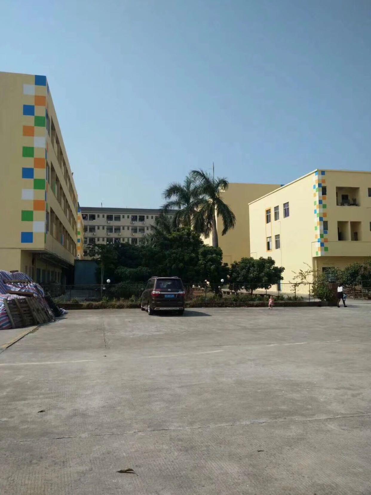 东莞市新出独院标准厂房3层18570平方