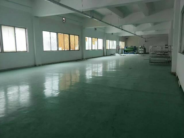 石碣新出一楼600平方米,租16,电按需,宿舍按需