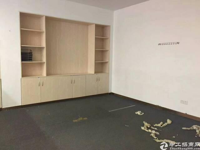 松岗红星新出豪华装修一楼小面积厂房