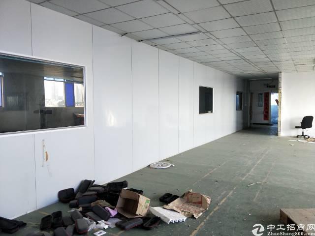 松岗江边楼上1300平米精装修厂房