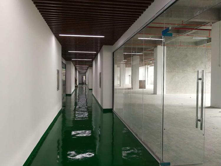大浪靠石岩新出楼上650平带装修厂房-图2