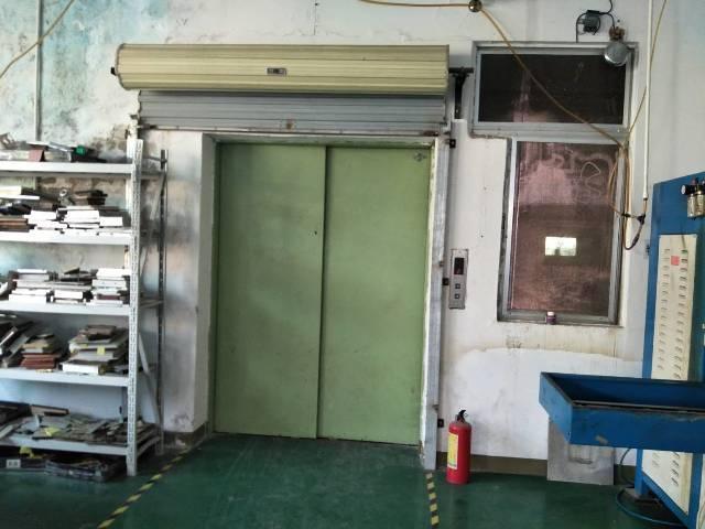 沙浦围一整层1200平米带办公室装修厂房出租