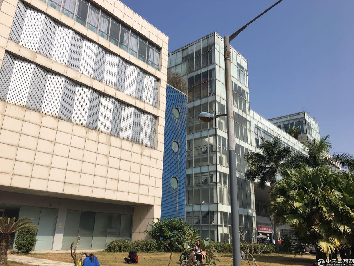 坂田华为附近花园式红本独院4层10000平方租金25元可分租