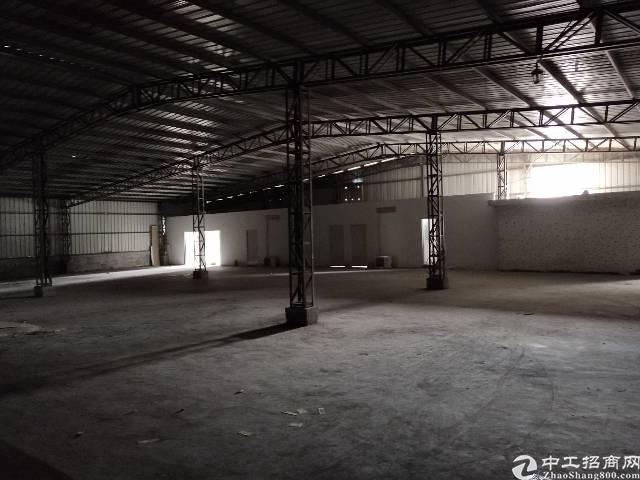 临深圳公明1000平钢构厂房招租