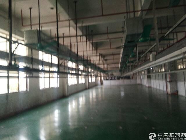 工业区楼上分租厂房出租,厂房1500平方米,宿舍按需