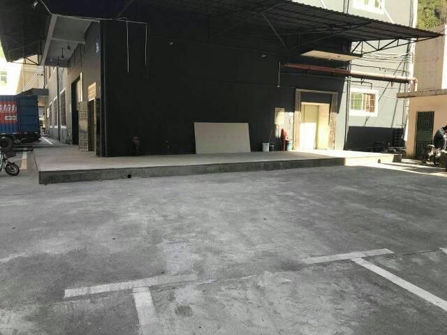 布吉沙湾新出1000平带卸货台平台厂房出租