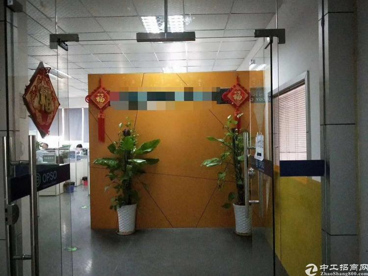 龙华汽车站附近900平豪华装修厂房-图3