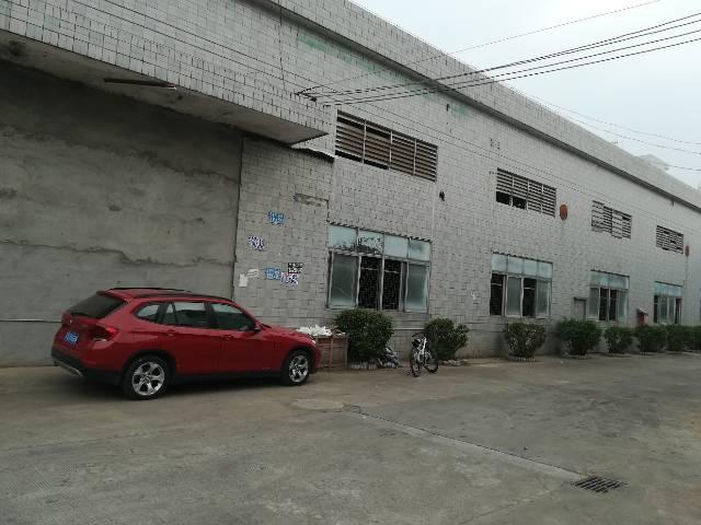 独院厂房出租交通便利位置佳。
