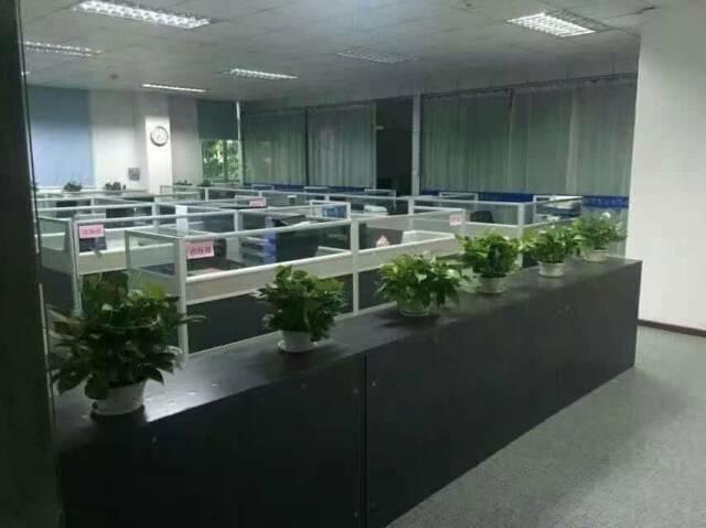 华南城边上富民工业区楼上1200带装修厂房转租