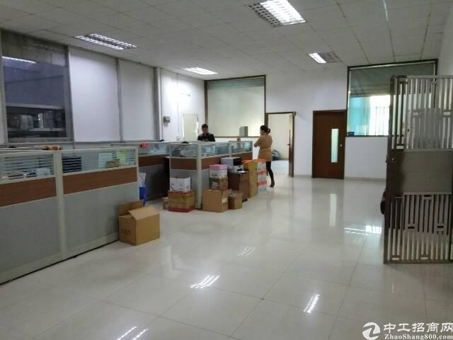 福永新出楼上2200平米带精装修厂房-图4