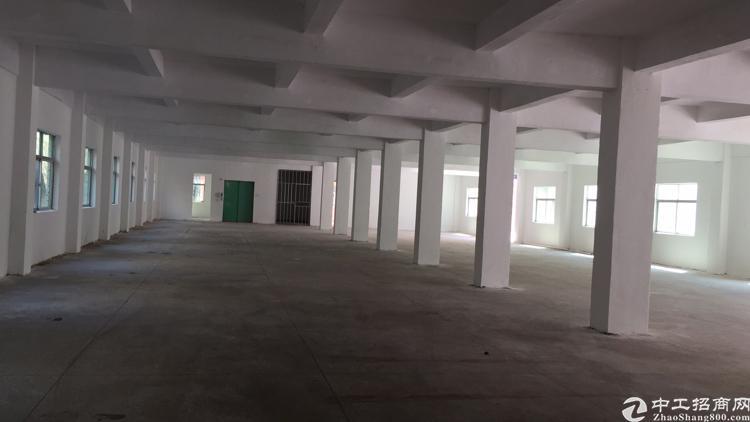 横岗惠盐高速口原房东楼上整三层3600平米厂房出租