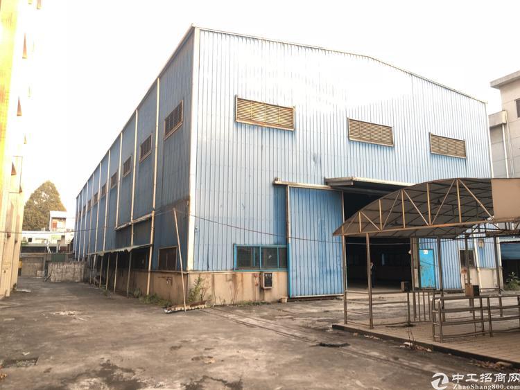 清溪12M高单一层钢构1600平方带行车低价急租