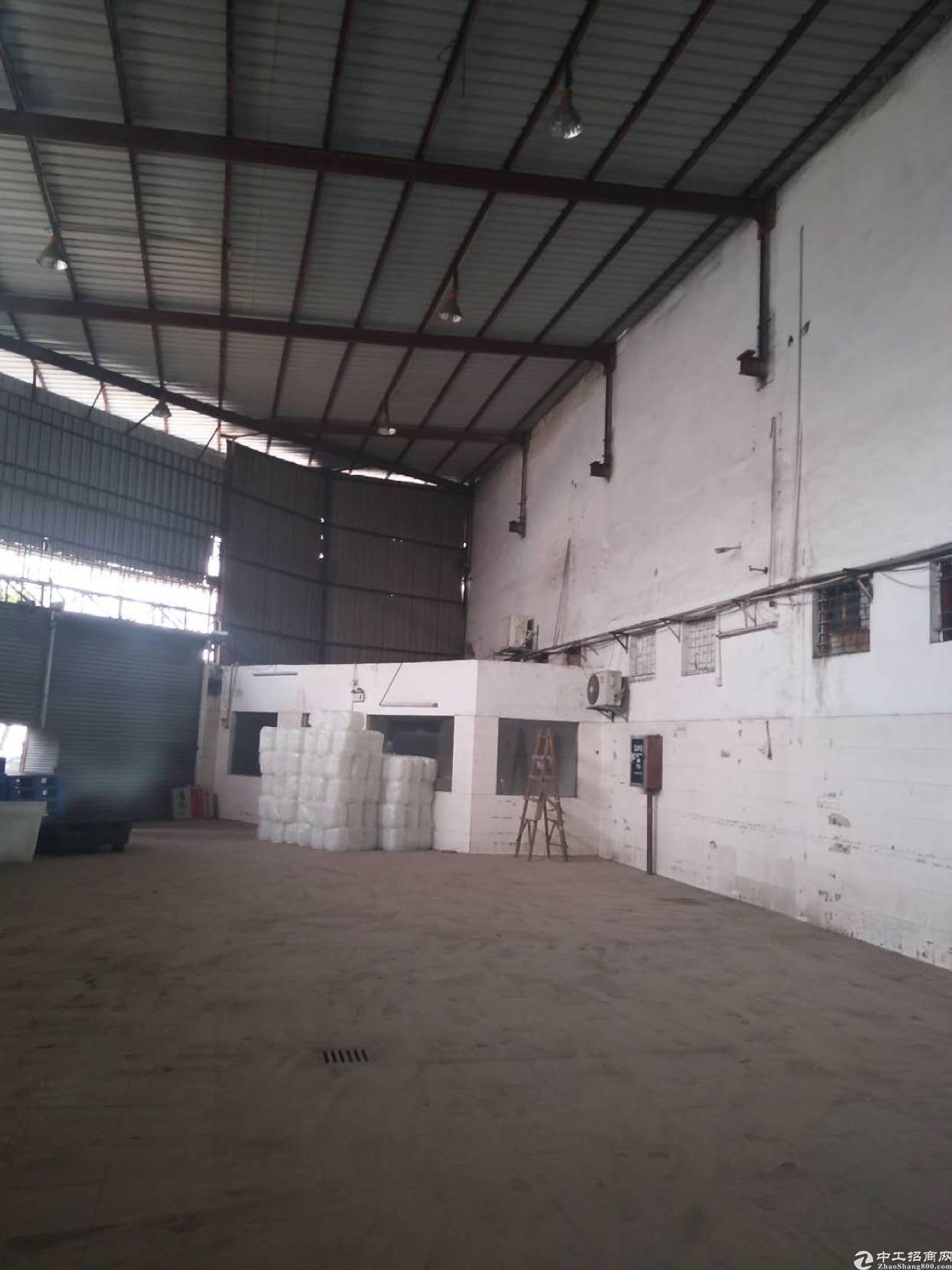松岗洪桥头铁皮房可以做各种仓库出租