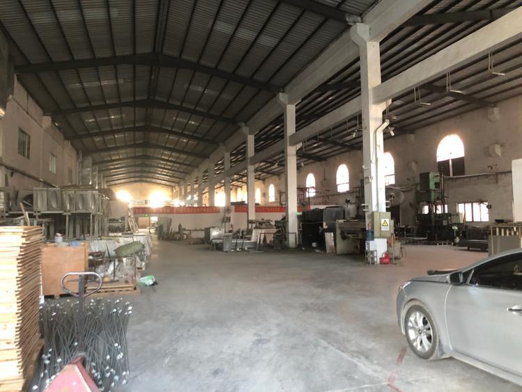 清溪10米高单一层厂房4200平方带装修急租