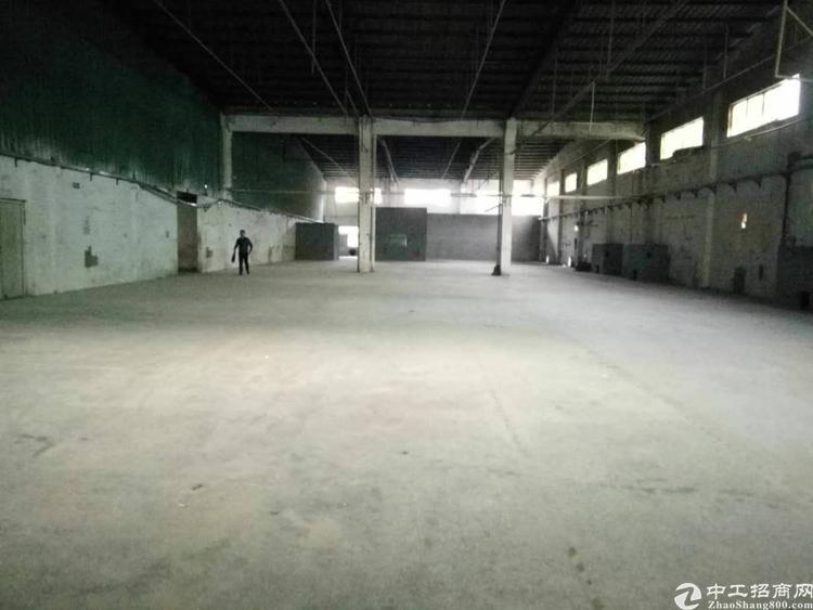 龙华大浪宝华工业园一楼出租
