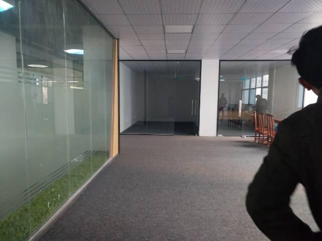石岩北环路独院厂房招租7800平方