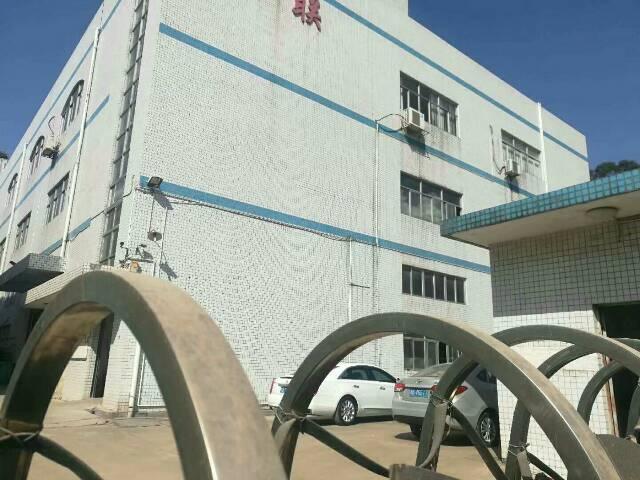 龙华独门独院厂房2300平方